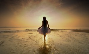 girl,ocean,dawn,of,a,new,day,seaside,sunset,woman-55fd61dee8429440503847f927ace738_h_large