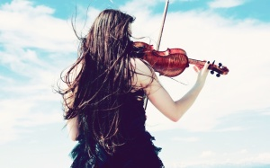 lady_palying_violin-1280x800