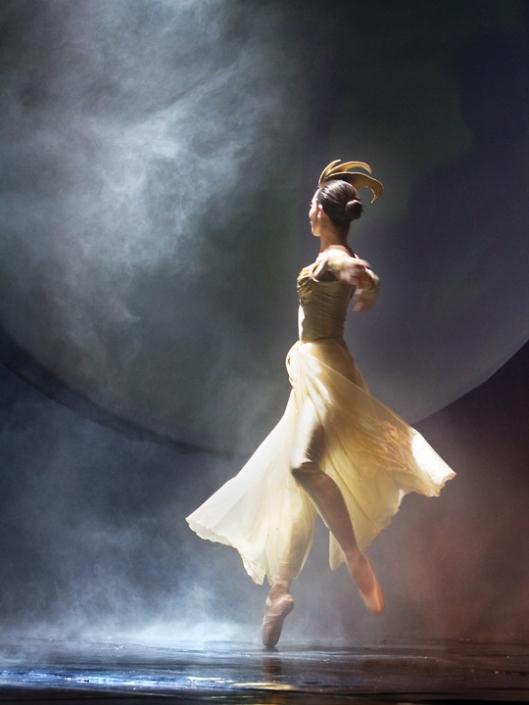 moon-dance1