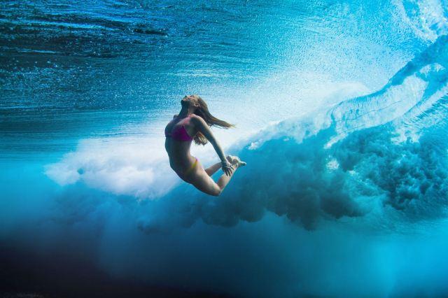 female-surfer