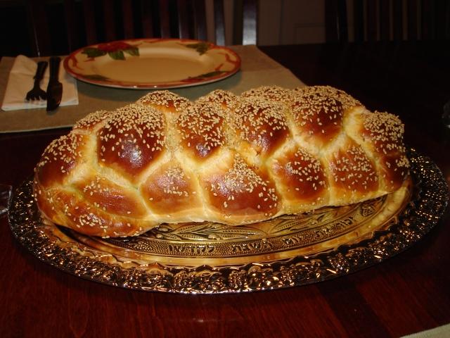 Challah_Bread_Six_Braid_1