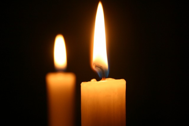 Shabbat-Candles-640x425